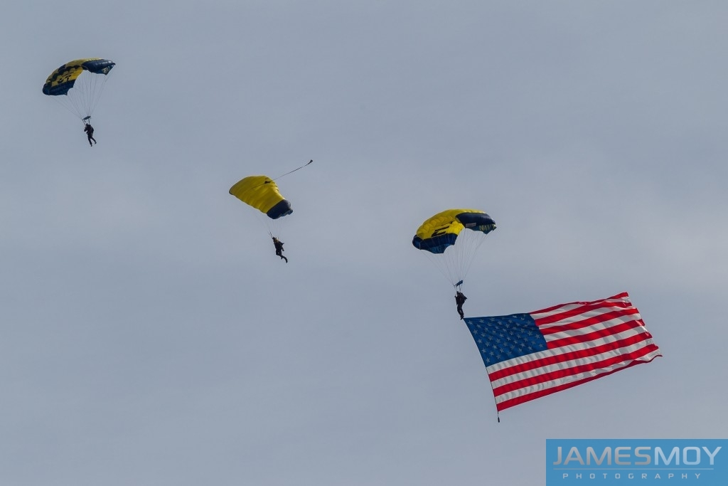 Parachutists. United States F1 Grand Prix. Austin, Texas.