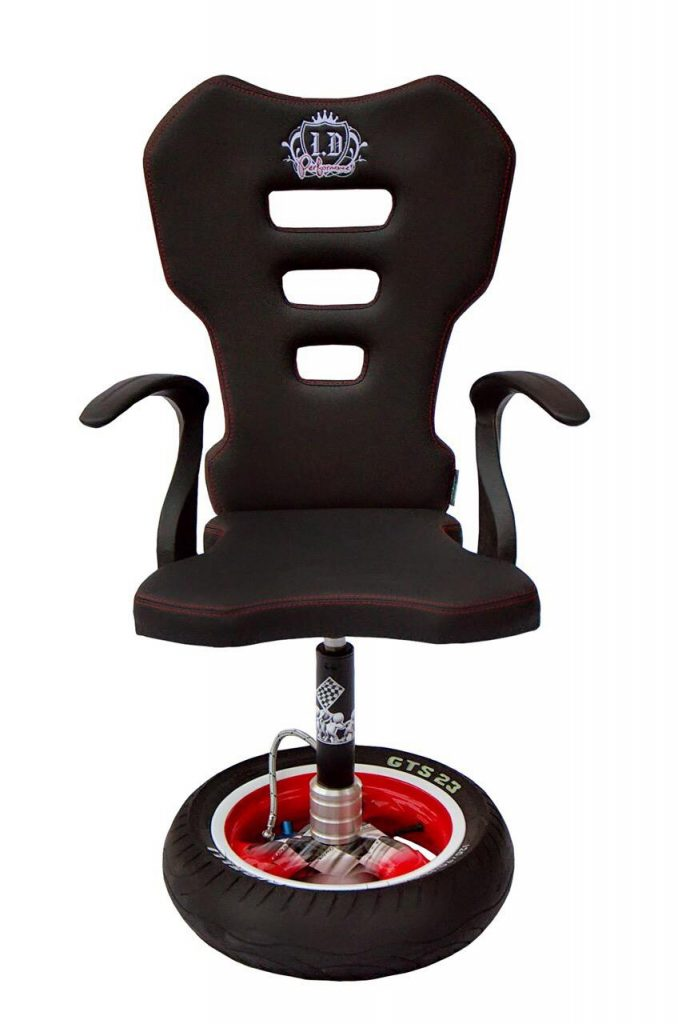 Chair with adjustable rear shock absober | Hercules Racing Furniture_The_Paddock_Magazine