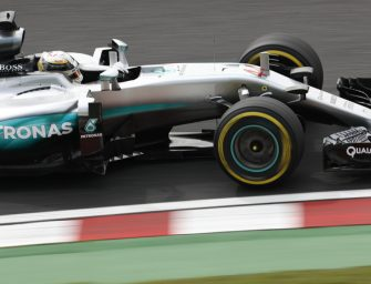 Mercedes AMG Petronas celebrate f1 Championship win