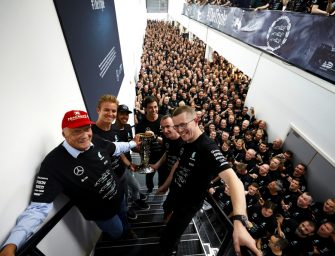 Toto Wolff and Niki Lauda renew contracts with Mercedes to end 2020