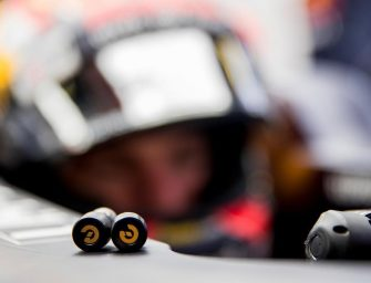 Red Bull Racing teams up with Earin