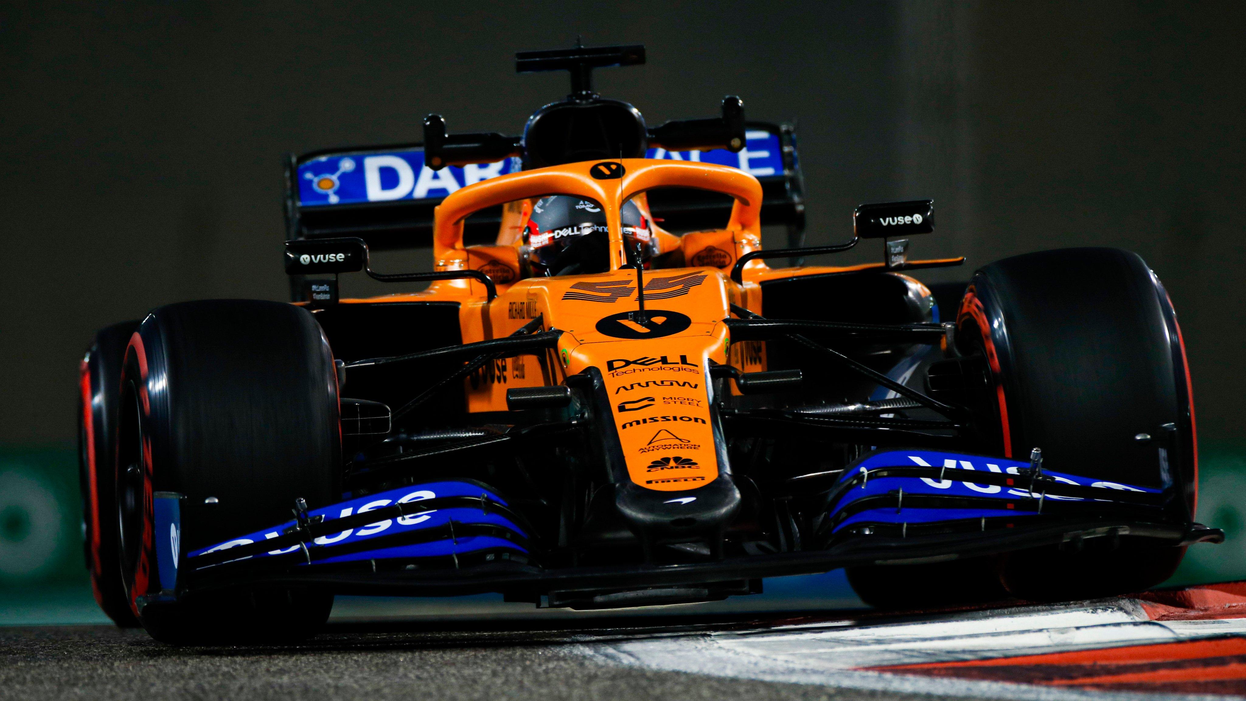 Carlos Sainz_McLaren_Abu_Dhabi