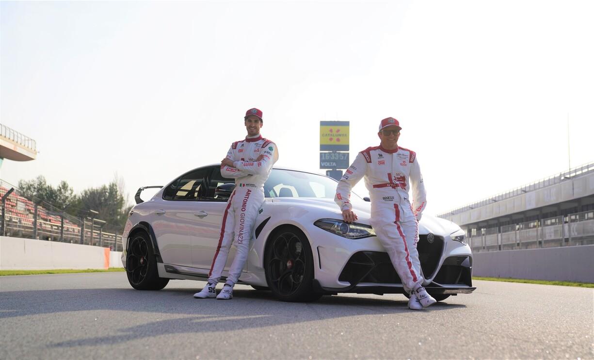 Giulia GTA m C41 Antonio Giovinazzi and Kimi Räikkönen